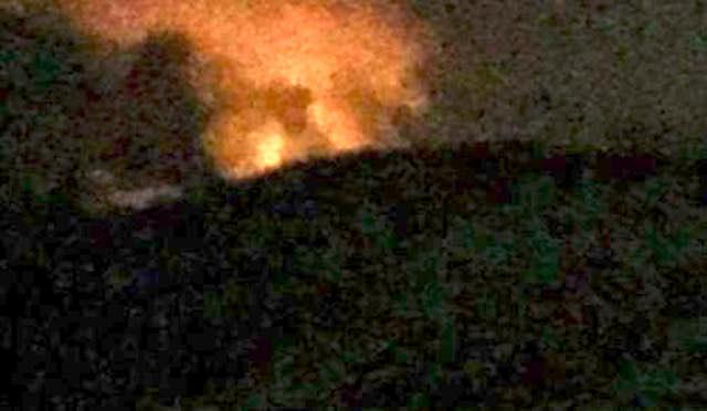 """Incendio alla discarica """"Le Crete"""", paura nella notte. Il sindaco: """"Nessun allarme"""""""