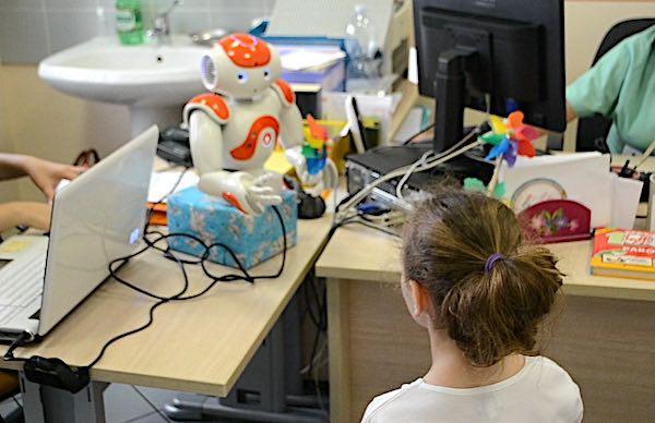 Ricerca scientifica su vaccinazione pediatrica e utilizzo dell'intelligenza artificiale