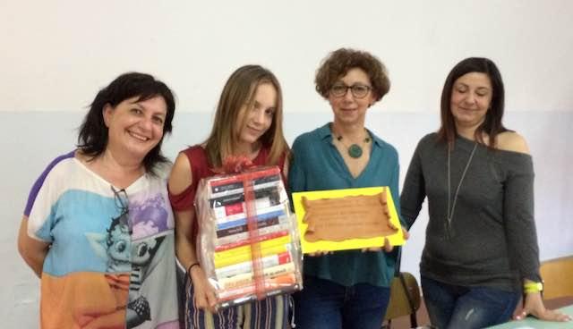 """""""Bookiamo lo schermo"""", primo premio a Irene Fileccia (I A) del Liceo Artistico"""