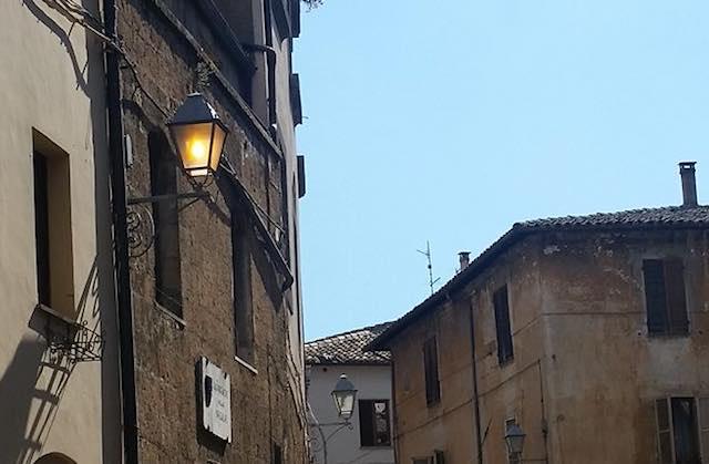 Verso la gestione pubblico-privata. A Orvieto, 4.600 punti luce di cui 700 nel centro storico