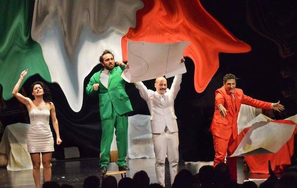 """Risate al Teatro Bianconi con """"La Storia d'Itaglia"""""""