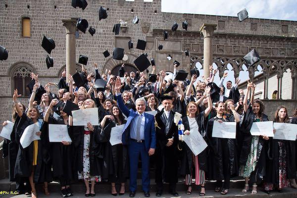 Grande festa per la consegna delle lauree triennali e magistrali dell'Unitus