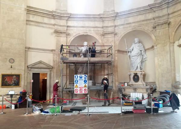 Alla Consolazione, via ai lavori per la messa in sicurezza delle statue