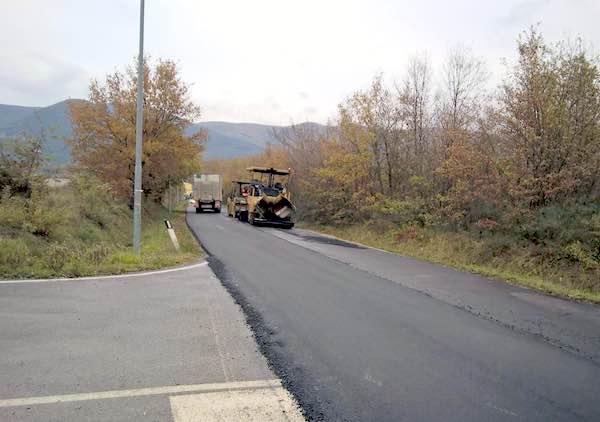 Tratti di strada chiusi al traffico e alla sosta per lavori straordinari