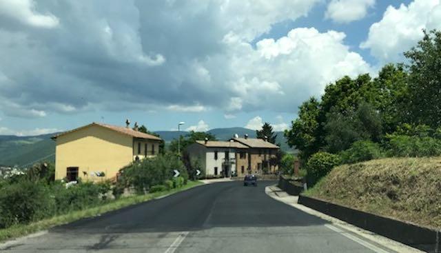 Via ai lavori lungo la Strada della Stazione. Prorogati quelli in Via Alberici e in Via Ghibellina
