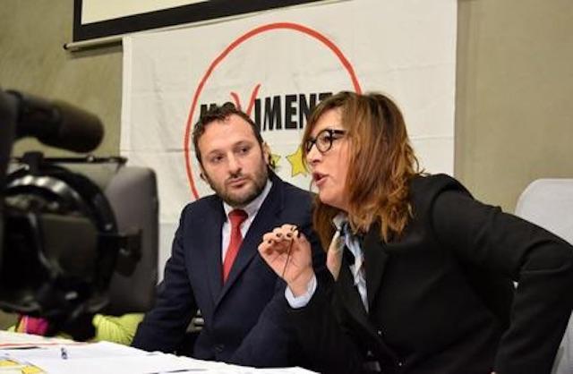 """Carta Tutto Treno, M5S: """"Regione pasticciona e immemore"""""""