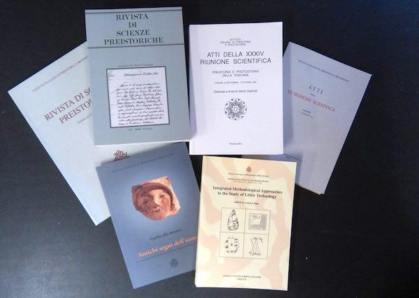 """Alla Biblioteca """"Morvidi"""" arrivano cento volumi di preistoria e protostoria"""