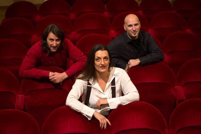 Concerto e brindisi degli auguri con il Trio Little Swing al Teatro della Concordia
