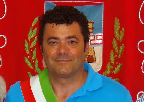 """Il sindaco Longaroni ai cittadini: """"Abbiamo bisogno del buon senso di tutti"""""""