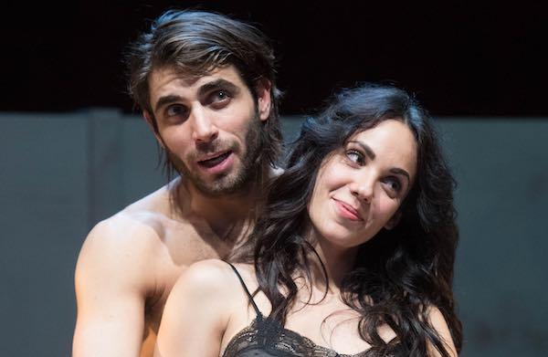 """""""Love's Kamikaze"""", tra amore e attualità al Teatro Don Paolo Stefani"""