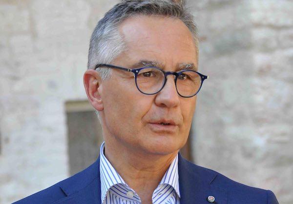 """""""Investigazione scientifica e omicidi efferati"""". Incontro con Luciano Garofano"""