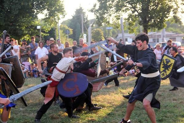 """""""Ludika 1243"""", i Guelfi vincono ancora sui Ghibellini. Via a """"La festa dopo la battaglia"""""""