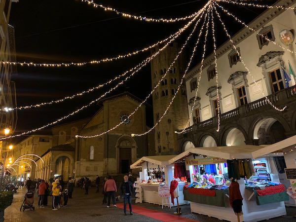 """Con le luminarie si accende la terza edizione di """"A Natale regalati Orvieto"""""""