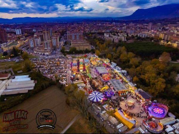 Il Luna Park festeggia 75 anni di presenza in città. Cerimonia in Viale dello Staino