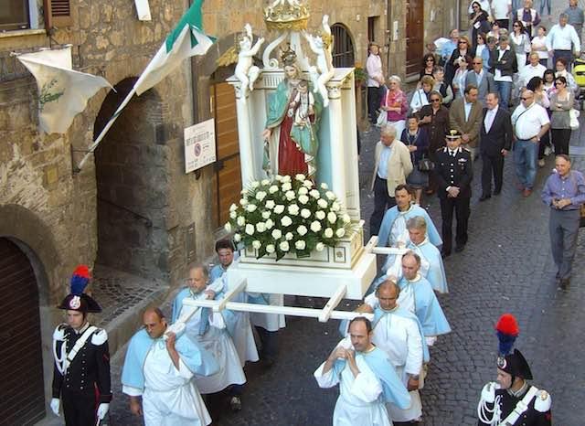 """""""Madonna della Cava"""", festeggiamenti 2017 concentrati in una sola domenica"""