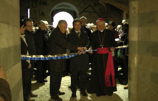 Alla vigilia dell'apertura della Porta Santa, Orvieto accorre per l'inaugurazione del suggestivo percorso dei pellegrini