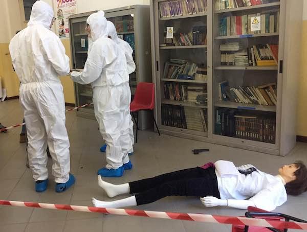 """""""L'Omicidio di Magda"""", studenti a lezione di investigazione"""