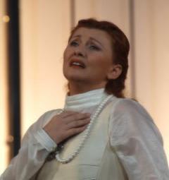 """Due divine al Santa Cristina di Porano: """"La divina Malibran"""" interpretata da Michela Sburlati"""