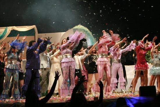 """Al via le iscrizioni per il 1° Torneo di Teatro Amatoriale di Orvieto. Successo per il musical """"Mamma mia"""""""