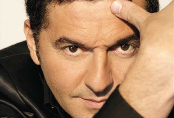 """""""Teo Mammucari Live"""". Fuori abbonamento al Teatro Mancinelli"""