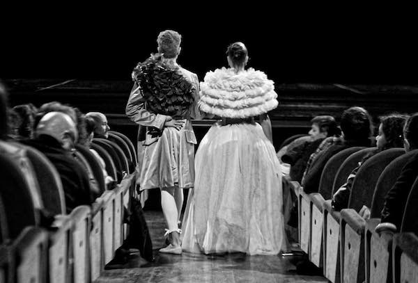 """Al Teatro Comunale, la """"Marie Antoniette"""" della Lyric Dance Company"""