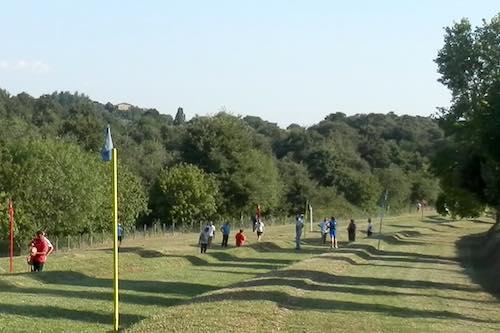 Gara nazionale del lancio del Ruzzolone sulle piste di Ciconia