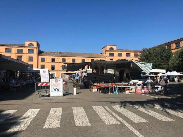 """""""Disponibili a un ritorno anticipato del mercato in Piazza del Popolo, con turnover tra gli ambulanti"""""""
