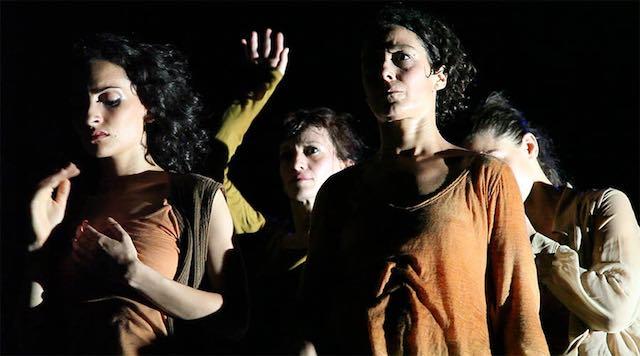 """La Compagnia Atacama porta al Teatro Boni """"Migranti"""""""