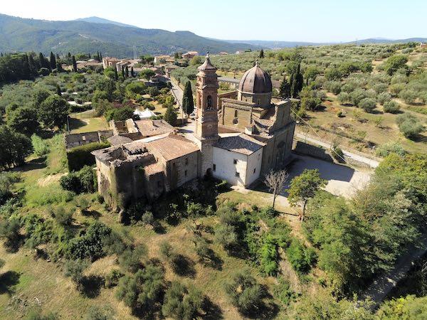 Nuova vita per Mongiovino, iniziano i lavori di restauro del complesso monumentale