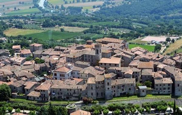 Giornata della Gentilezza, così Monte Castello di Vibio rinnova l'appuntamento