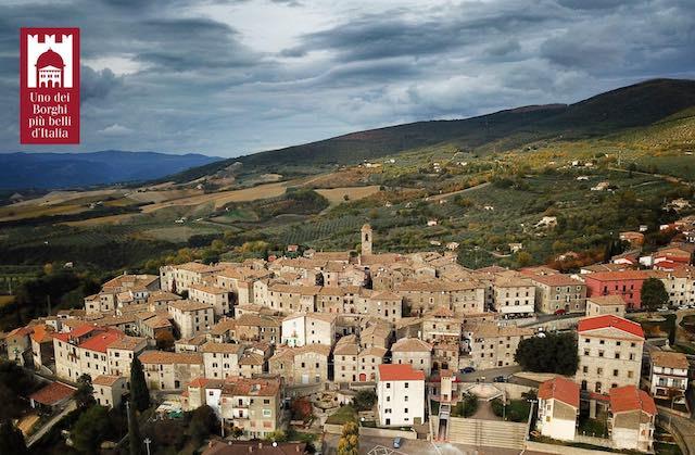 """""""Montecchio visto da noi"""" per la consegna della bandiera de """"I Borghi più belli d'Italia"""""""