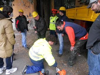 Continuano i corsi di formazione per i volontari della Protezione Civile. In 60 per imparare l'uso corretto delle motoseghe