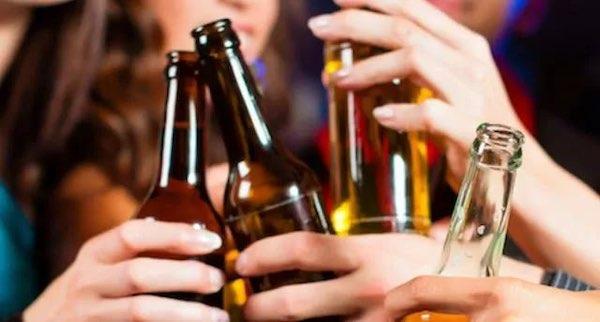 Movida, c'è l'ordinanza per regolamentare vendita e somministrazione di bevande