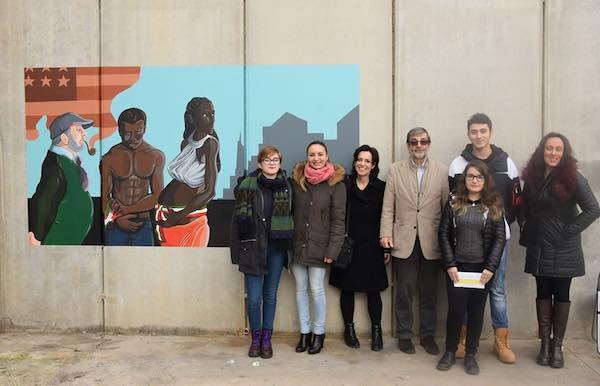"""Inaugurato il murale realizzato dagli allievi del Lliceo Artistico """"Midossi"""""""
