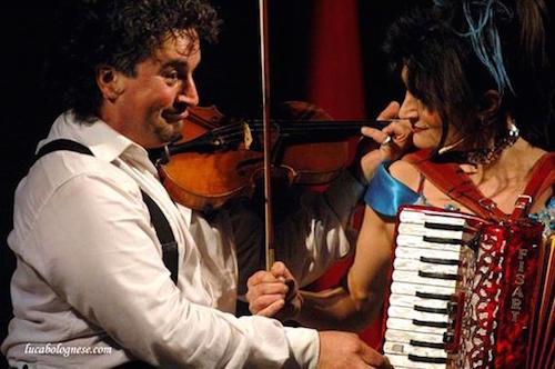 """Circo-teatro al teatro Boni. C'è lo """"Sconcerto d'amore"""" di Nando & Maila"""