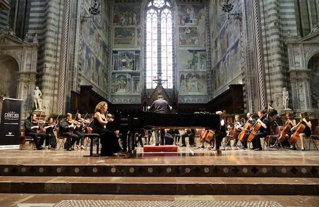 """Per il """"Narnia Festival"""", concerto sinfonico corale in Duomo con la partecipazione di oltre 80 musicisti"""