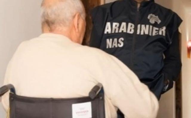 Nas alla casa di riposo, ospitava anziani non autosufficienti senza autorizzazioni