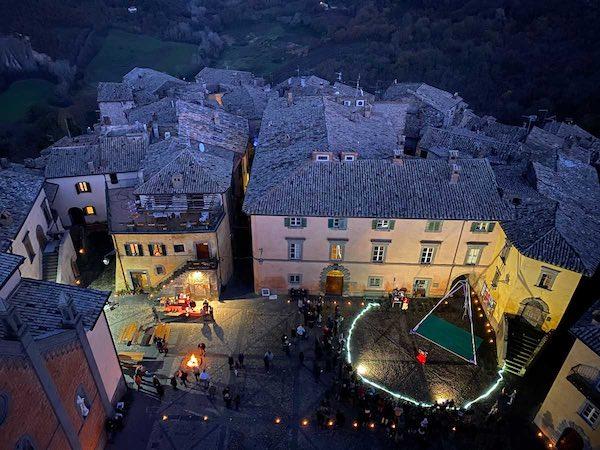 All'ombra della Torre Monaldeschi, si accende il Natale Civitellese