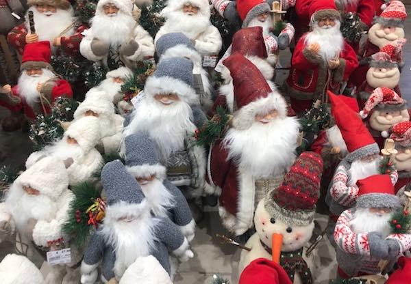 Inaugura la Casa di Babbo Natale. Decima edizione a cura dell'Associazione Viva Tarquinia
