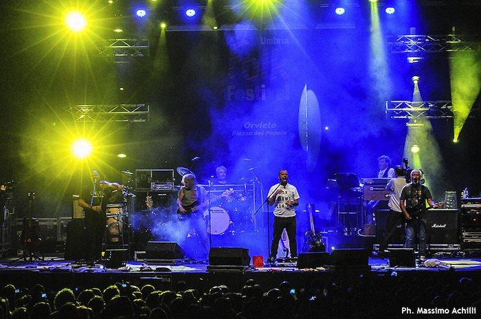 Il concerto dei Nomadi. Qualche foto di Massimo Achilli