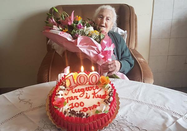 Tanti auguri a Rosa Mastrogregori per i suoi 100 anni
