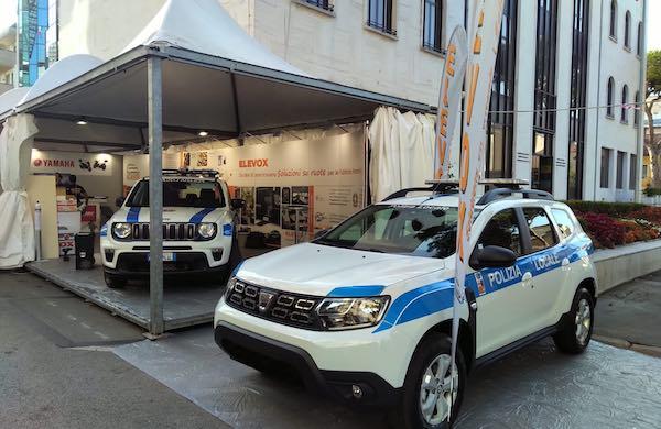 Nuovo veicolo di servizio per la Polizia Locale. Potrà operare come ufficio mobile
