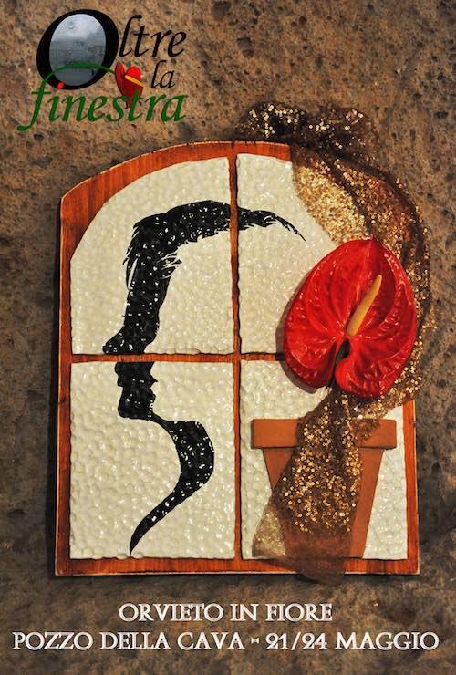 """Ceramiche e fiori al Pozzo della Cava, arriva """"Oltre la finestra"""""""