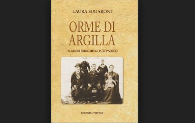 """Laura Sugaroni presenta il libro """"Orme di Argilla"""""""