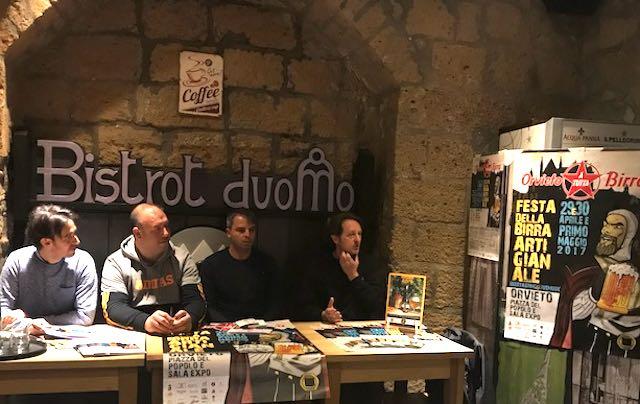 """""""Orvieto a tutta Birra"""". Per tre giorni, la birra artigianale fa festa in Piazza del Popolo"""