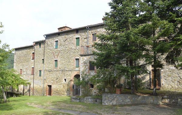 """Anello delle Tre Fontane e Palazzo Bovarino con Asds Majorana e """"Amici del Monte Peglia"""""""