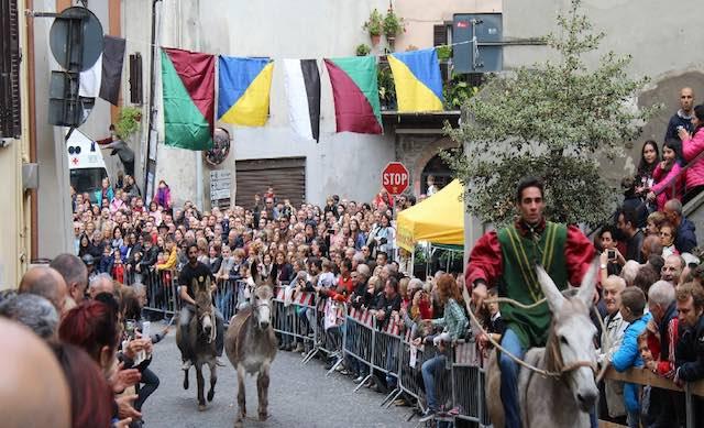 Giornate della Castagna, nel secondo weekend arriva il Palio degli Asini