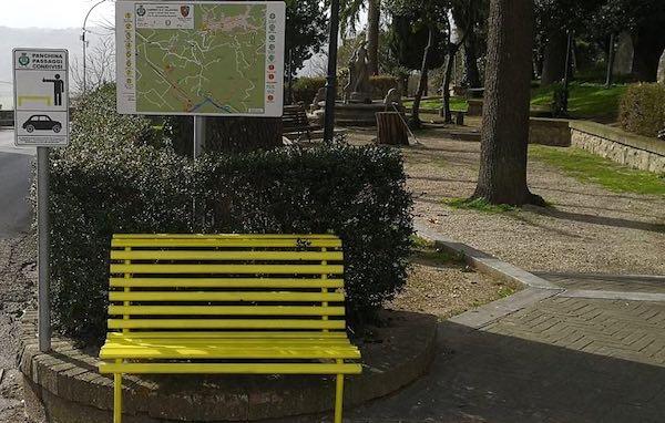 Panchine gialle, passaggi condivisi. Via al progetto di mobilità alternativa