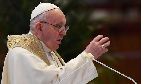 Il Papa ricorda i 150 anni dalla fondazione della Confraternita della Madonna dell'Addolorata