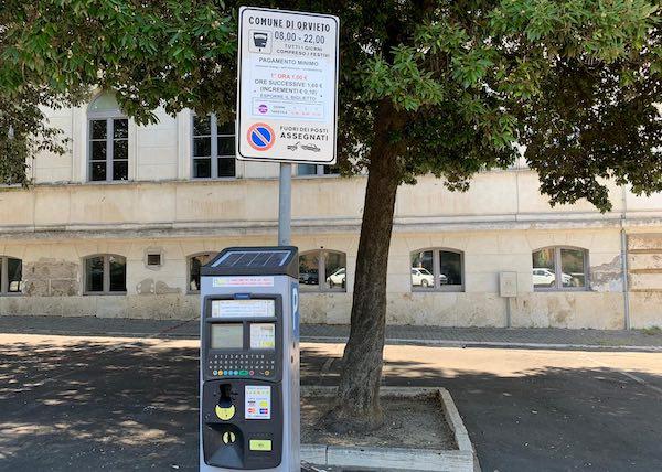 """""""Ad Orvieto il sistema di pagamento dei parcheggi è tecnologicamente avanzato"""""""